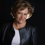 Carol Levine, energi PR